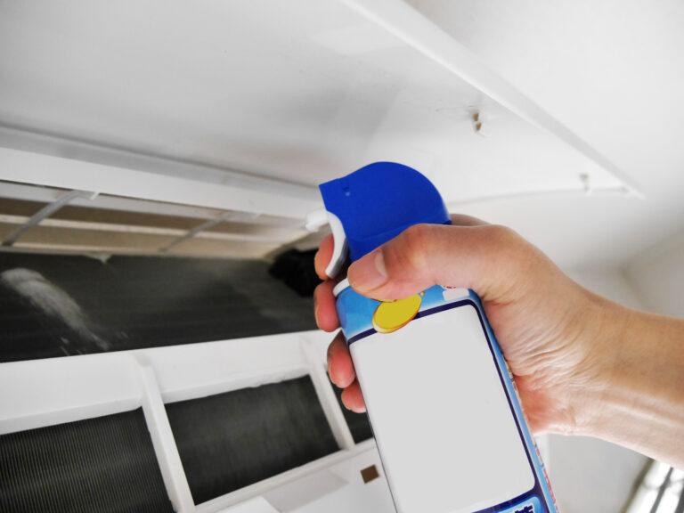 エアコンのフィルターにスプレー洗浄
